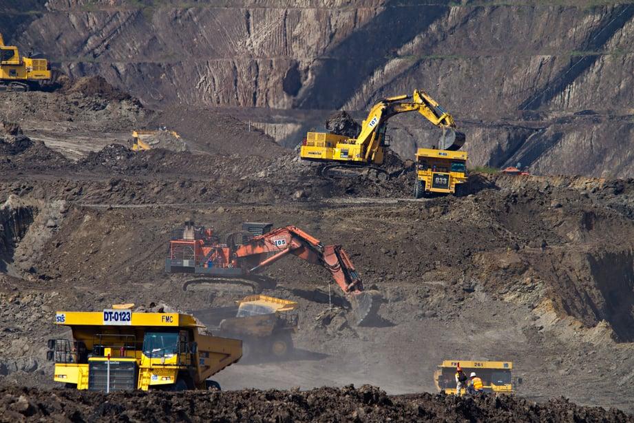 mining site trucks