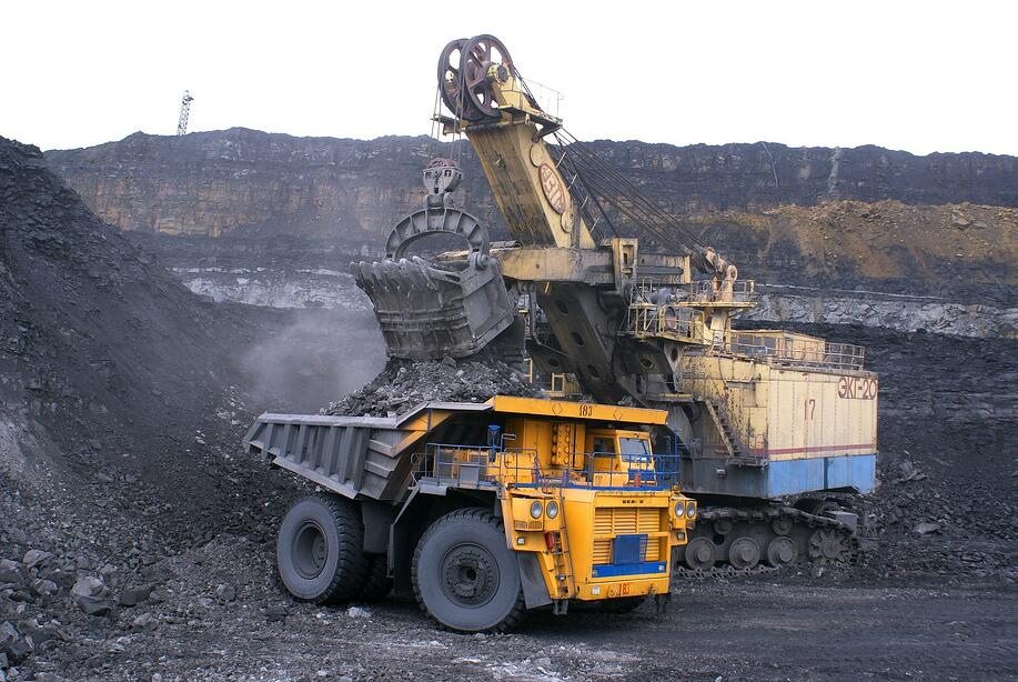 mining_site_truck