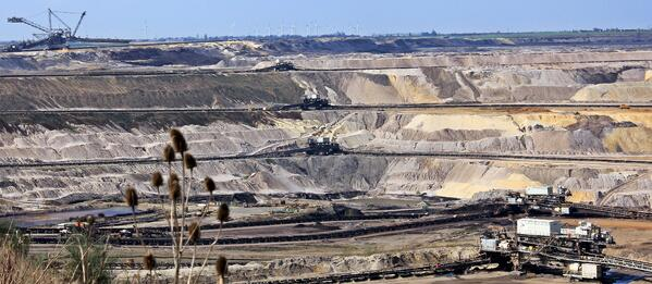 transport-geology-badlands-quarry-mining-raw-materials-634678-pxhere.com