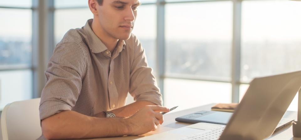 Logiciel de gestion des fournisseurs : Dépense ou investissement?